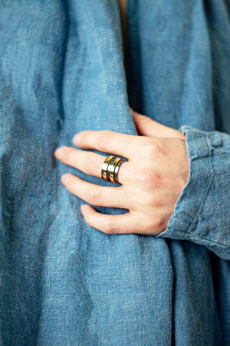 Oxidised silver basic ring -anneau en argent oxydé-Bague Dualité-Bague Basic argent anneau spirale laiton-Duality ring-bague-argent-oxyde-2-en-1-davila-affaires-etrangeres-laiton