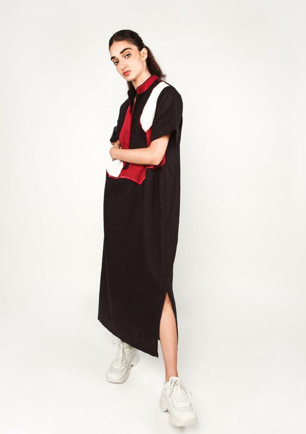 Robe caftan Sultana 2 I En lin I Vue de profil I Leïla Bousseta I Label AÉ Paris