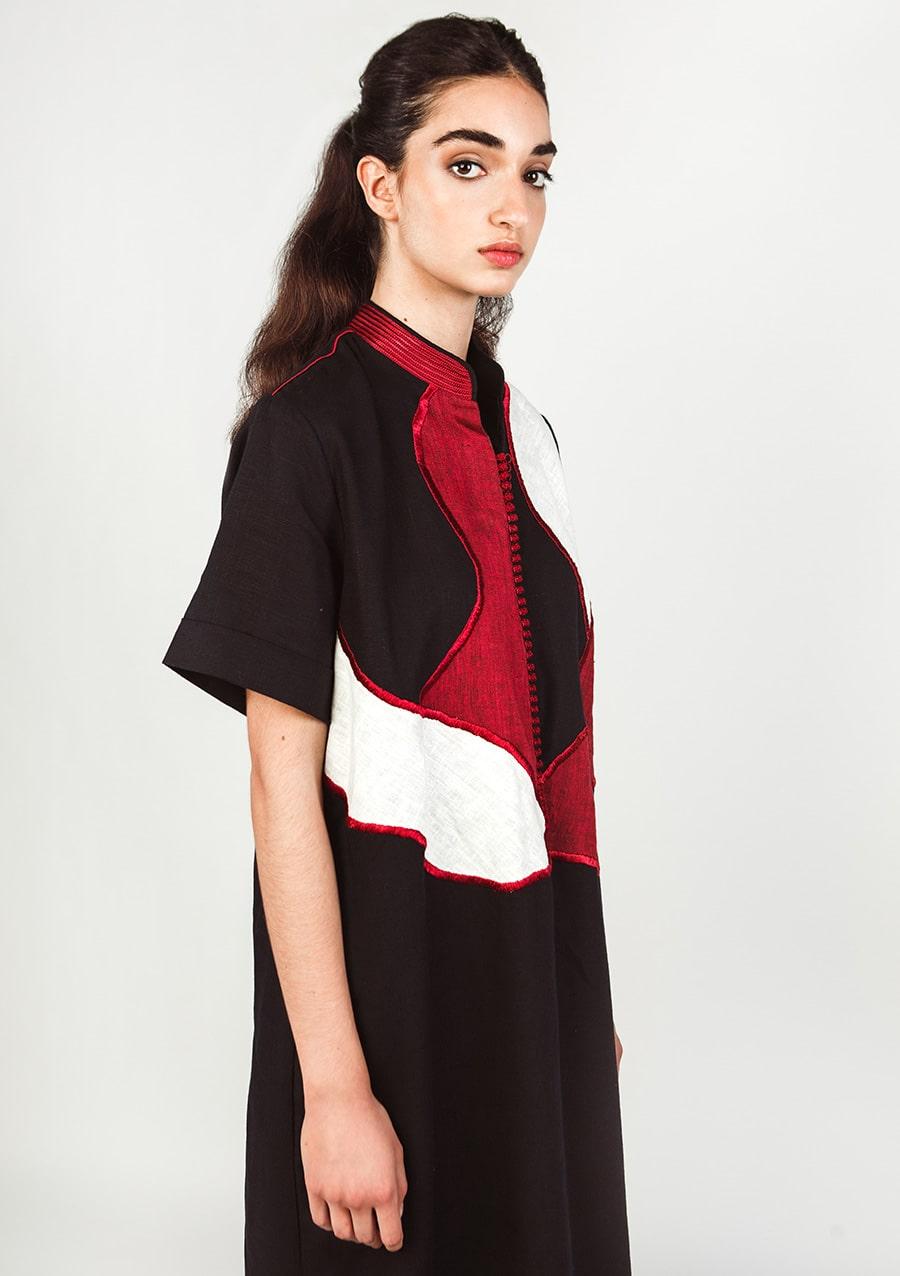 Robe caftan Sultana 2 I En lin I Vue de profil 2 I Leïla Bousseta I Label AÉ Paris