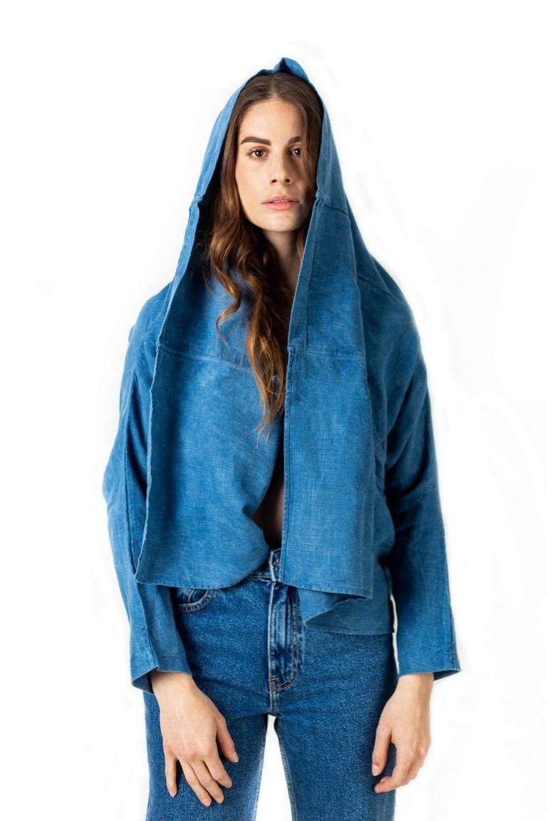 Veste kimono et écharpe 100% lin teintée à la main par la maison Bleu de Cocagne.
